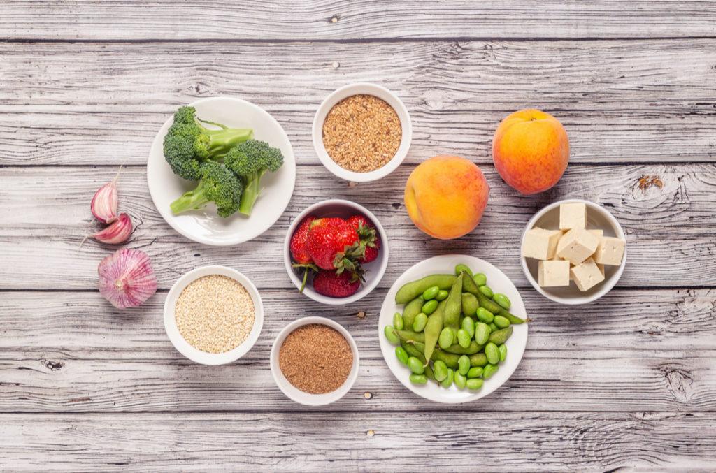 Eine gesunde, gemüsereiche Ernährung ist für die Menopause und das Mikrobiom entscheidend.