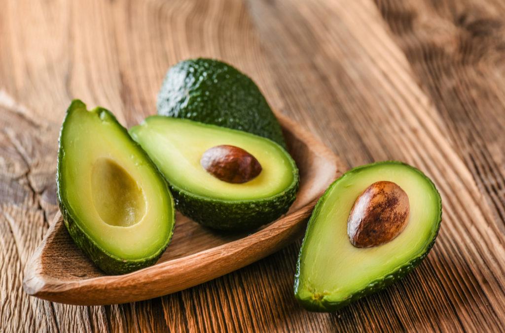Bei Nebenniereninsuffizienz Symptomen u.A. Avocado essen.